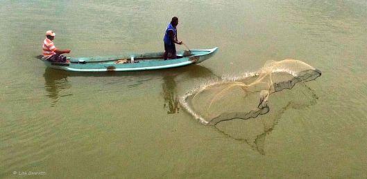 P1480562 canoe casting nets