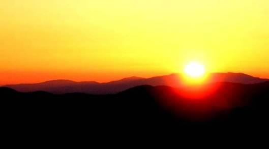 mourn-sunrise flag of mourning