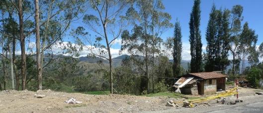 P1580431 guaranda house landscape