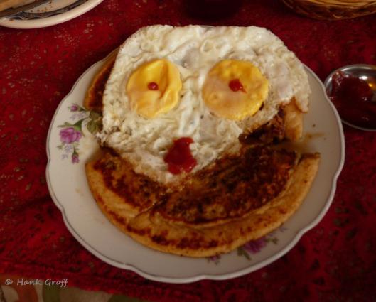 P1110108 ecuadorian happy meal