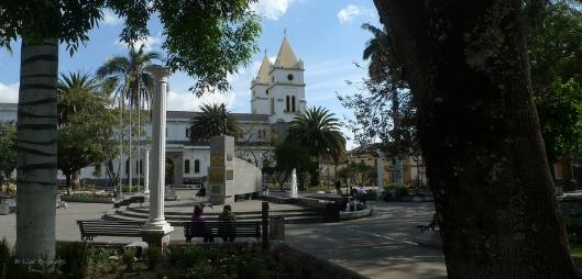 P1580459 guaranda church park