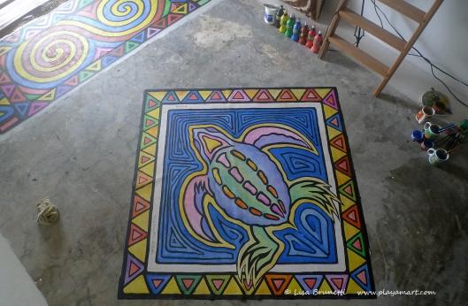 P1680004 turtle tropical bodega floor