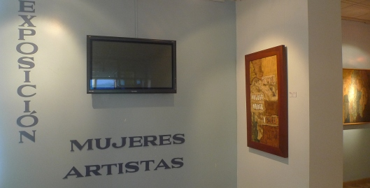 P1680662 bahia de caraquez exhibit mujeres artistas