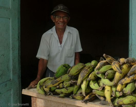 Papelito Sells Plantains