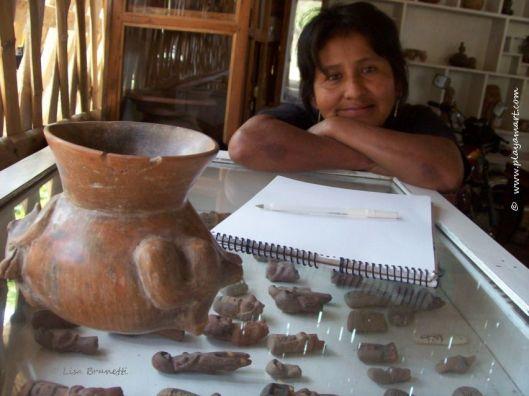 Valdivia Museum - Valdivia Women - Mujeres - Merci Waits
