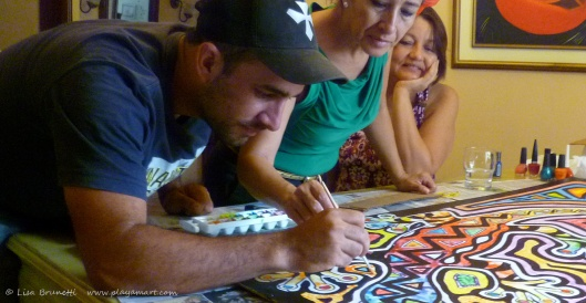 Mother and Son (Maruja y Cesar) disconnect from work for a painting session together!