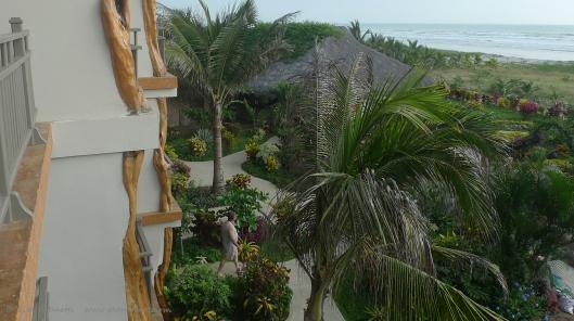 P1700610  canoa beach hotel