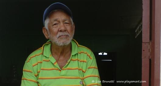 P1700863 manuel bahia hilltop old man