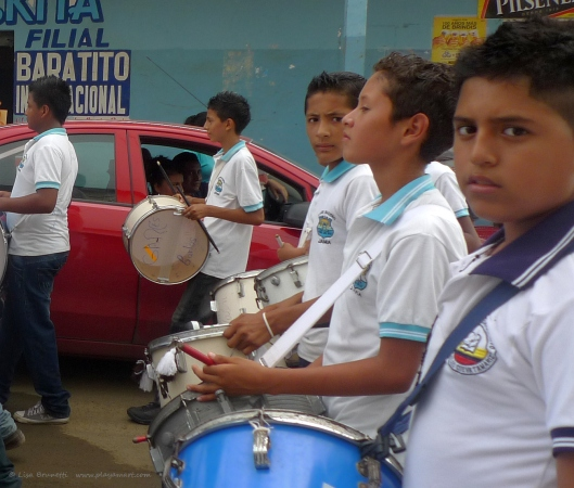 P1740786 ricky drums jama parade