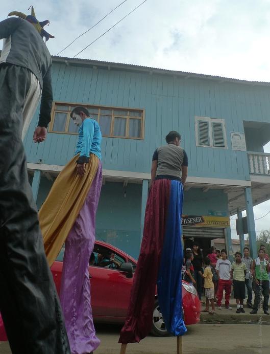 P1740800 stilts jama parade