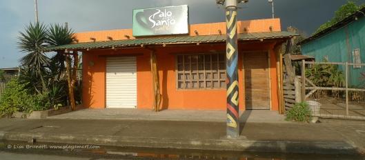 Palo Santo Cybercafe
