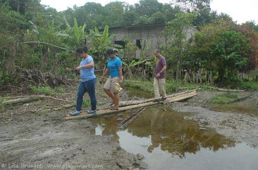 Sisters Vania and 'Silvana escort Bob via trek to the petite village of Amacora Ecuador.