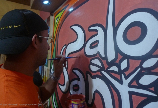 P1780758 palo santo xavier paints
