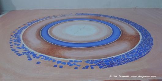 P1790294 bodega floor circle mosaic