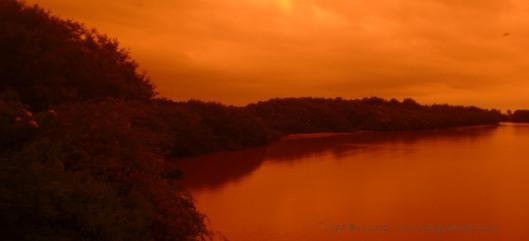 P1960914 weird sunset rio jama