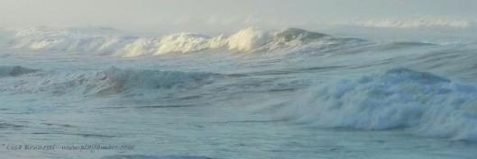 P1140725 rolling waves z