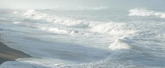 P1140840 ocean waves