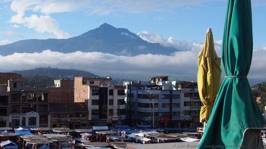 Volcano Cotacatchi beyond the Plaza de los Ponchos.
