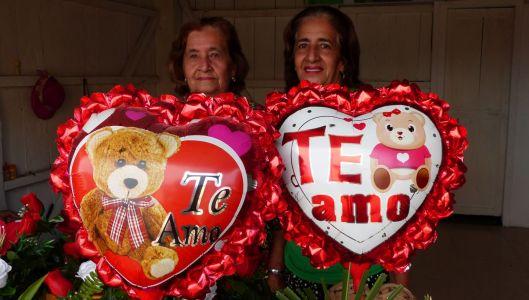 p1150580-valentines-abuelita-y-nieve