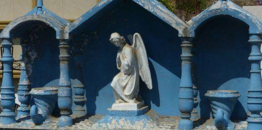 p1170916-jama-cemetery-angel-blue-white