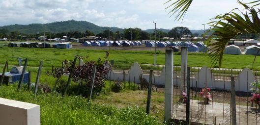 p1170919-jama-cemetery-tents