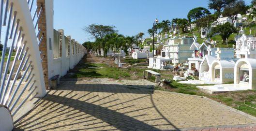 p1180011-jama-cemetery-small-file