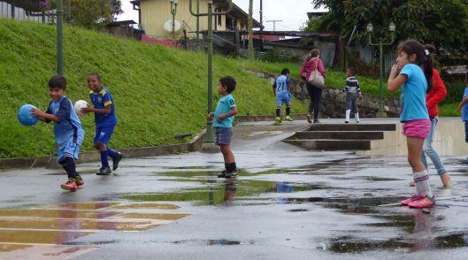 P1250664 SOCCER CHILDREN BAEZA