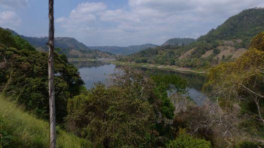 P1680703 view of poza honda reservoir