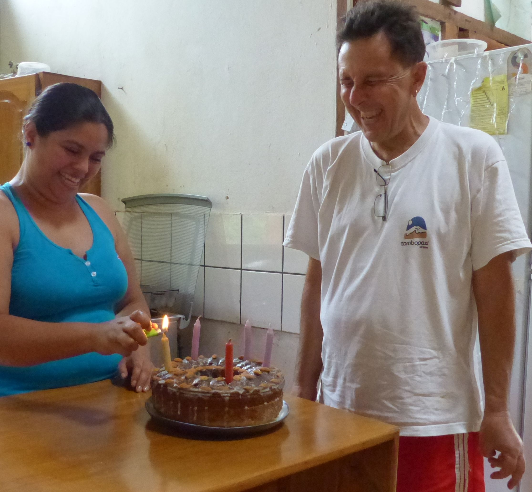 P1730702 BIRTHDAY CAKE CHUCKLES JORGE Y MELISSA