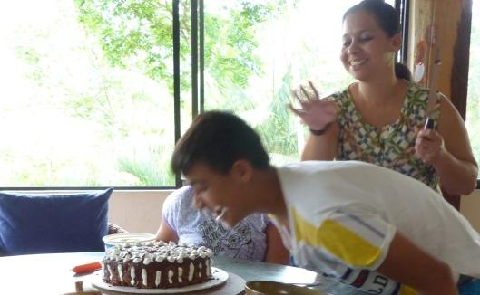 P1960075 alexanders birthday y cake y smiles