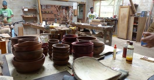 P2560207 diego patino mindo carpentry