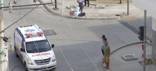 P2830008 ptoviejo corner y ambulance