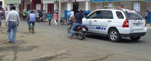P2830248 police escort.jpg