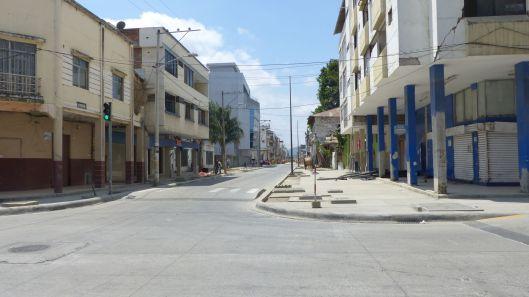 P2830254 oct 9 portoviejo 1 15 empty streets