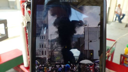 P2830271 street fire oct 9 portoviejo screenshot from video