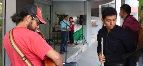 P2880217 museo portoviejo street music