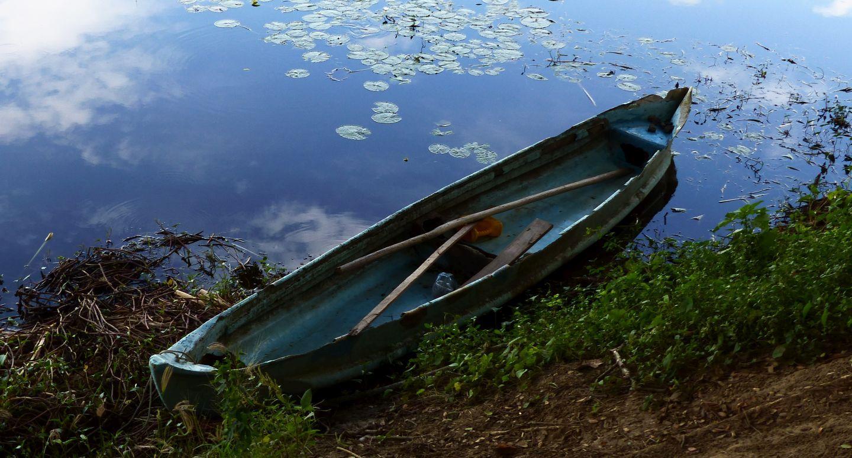 P1300100 la segua canoe